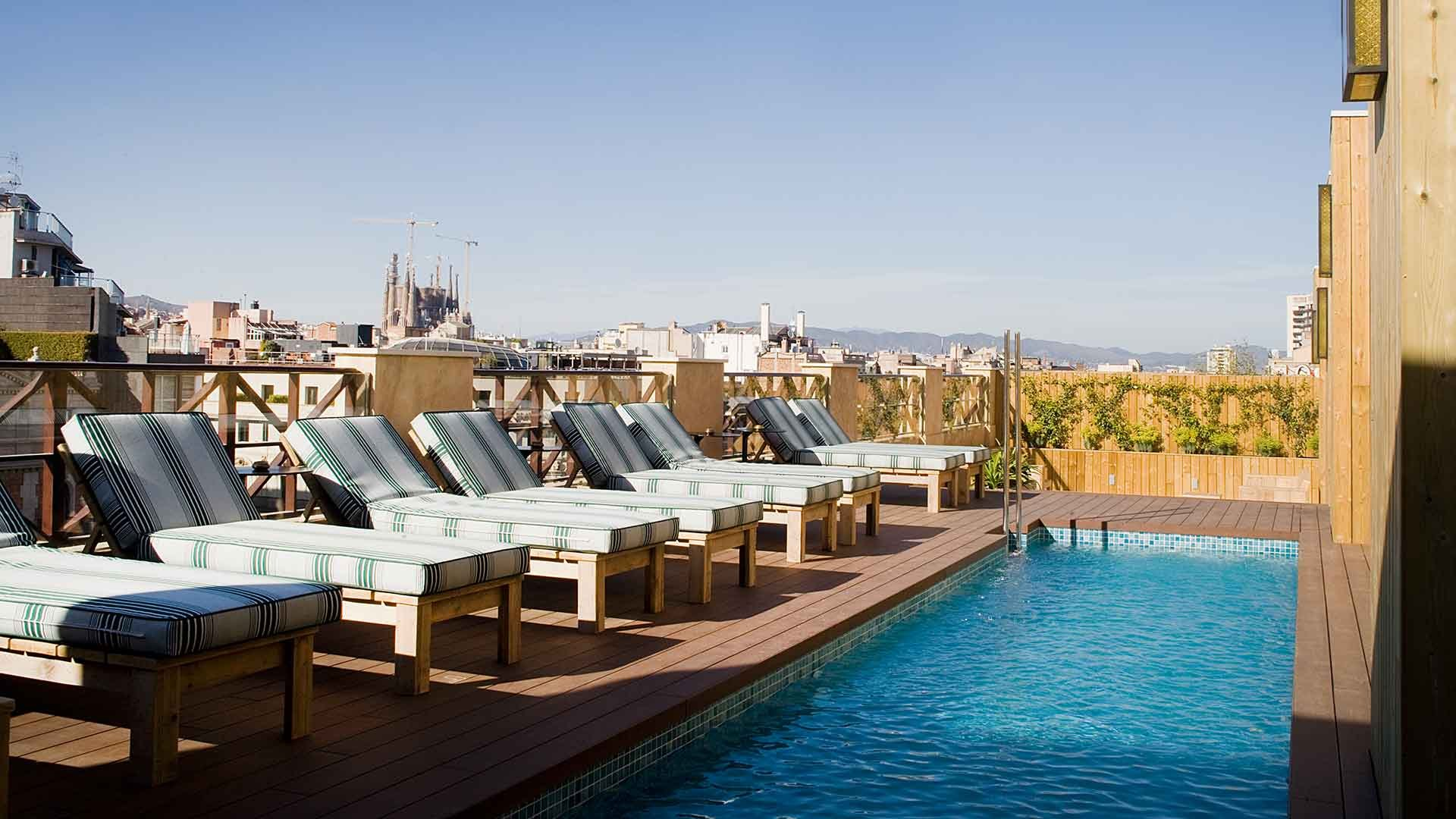 Hotels In Barcelona With Outdoor Pool